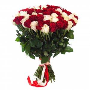 Entrega A Domicilio De Rosas Rojas Y Blancas